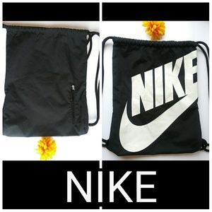 Nike Travel Gym Bag - Black